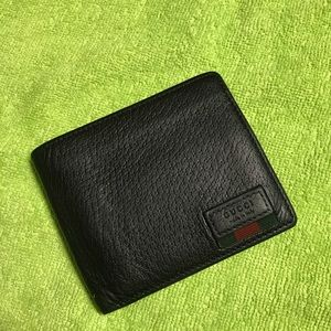 Authentic Gucci bifold wallet for men